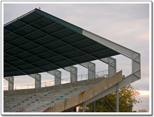 [Close-up of the stands and roof]